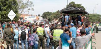 Autoridades impiden paso de migrantes venezolanos por trochas