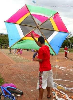 Festival de cometas para hacer volar la imaginación