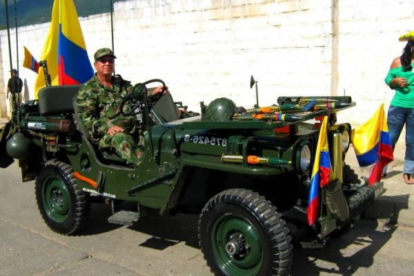 Carros antiguos colombia willys trucks and vans autos post