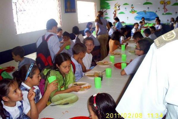 Los restaurantes escolares tienen fallas en manipulaci n for Comedores escolares en colombia