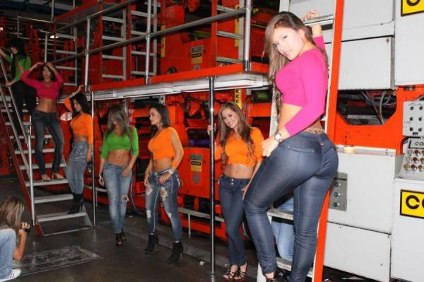 fotos chicas car audio colombia: