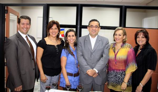 Inauguraci n noticias de santander colombia y el mundo for Oficinas santander las palmas