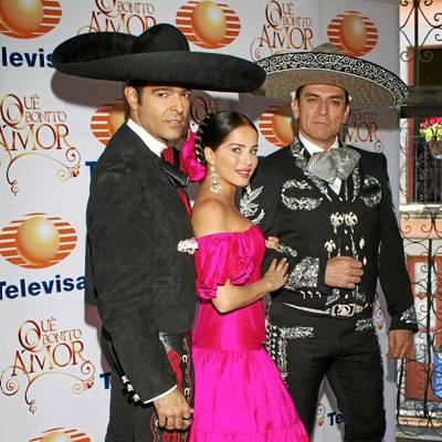 Danna García muy feliz en México