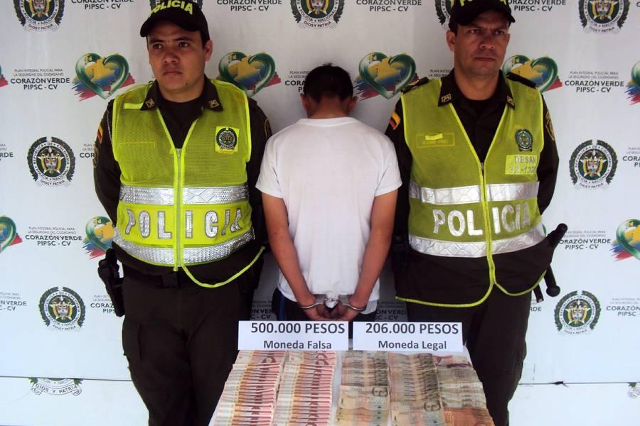 Capturan a dos personas por el delito de moneda falsa