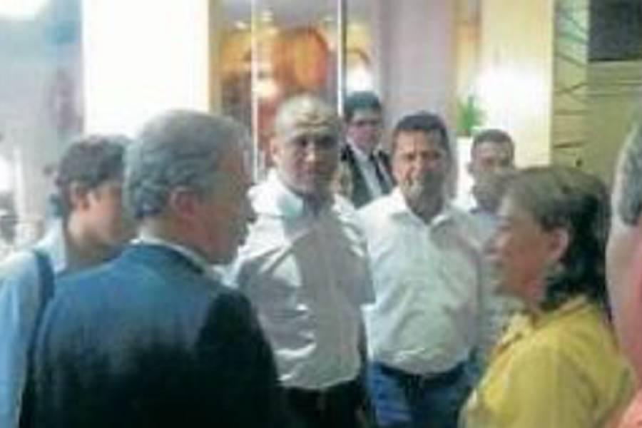 Polémica por presencia de condenado por parapolítica en reunión de Uribe