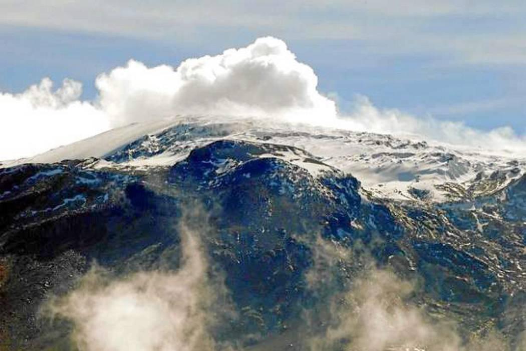 El Nevado del Ruiz mantiene la alerta amarilla tras un sismo