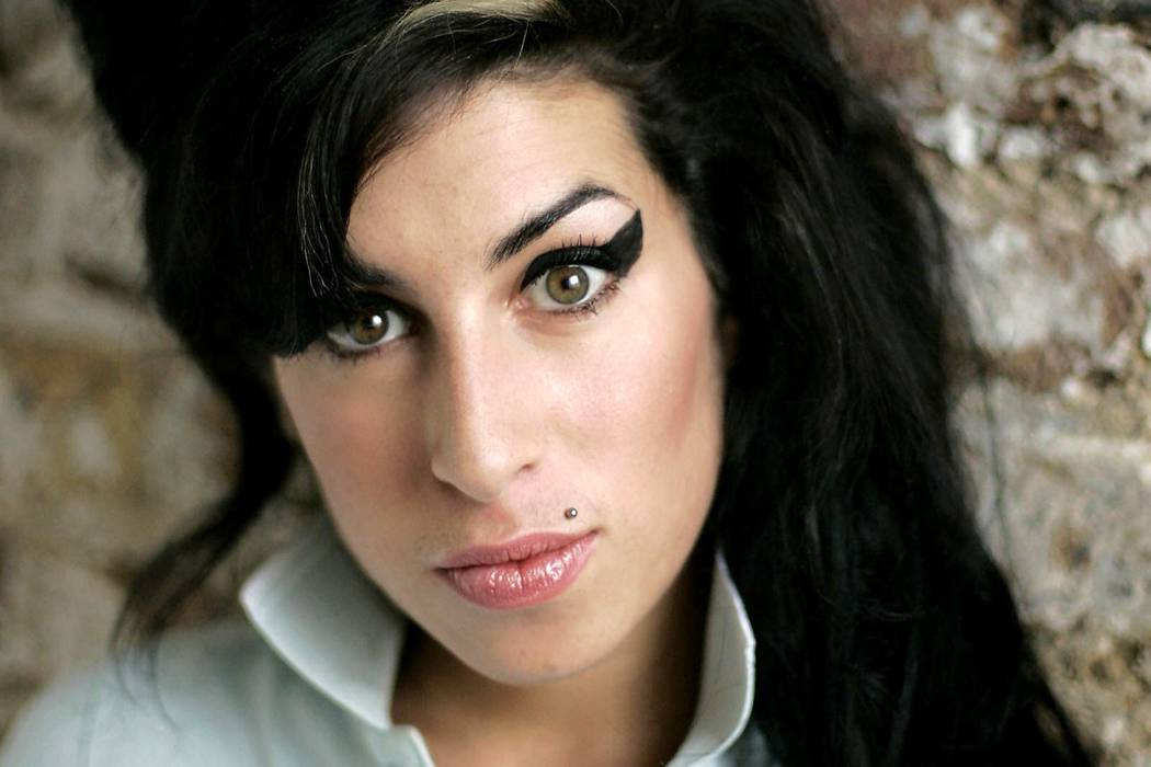 Padre de Amy Winehouse lanzará otro disco