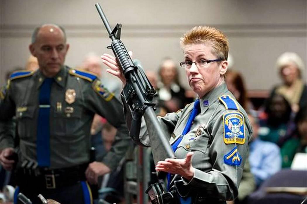 Demandaron al fabricante del rifle usado en matanza de Sandy Hook