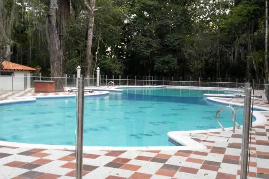 Abrir n puertas del parque el gallineral de san gil con piscina y puerto - Piscina municipal santander ...