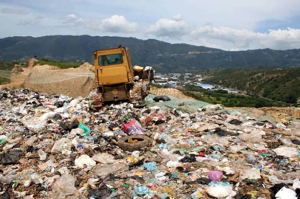 Alcalde de Bucaramanga pide facultades para resolver futuro de la basura