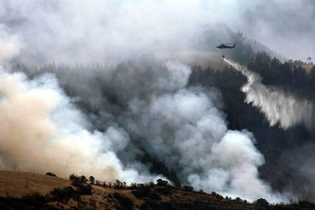 Evacúan nueve viviendas en Villa de Leyva por fuerte incendio