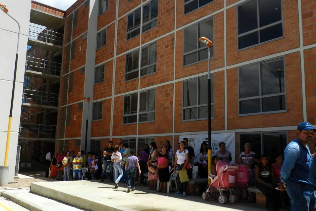 Oferta de servicios para beneficiarios de viviendas gratis en Nuevo Girón