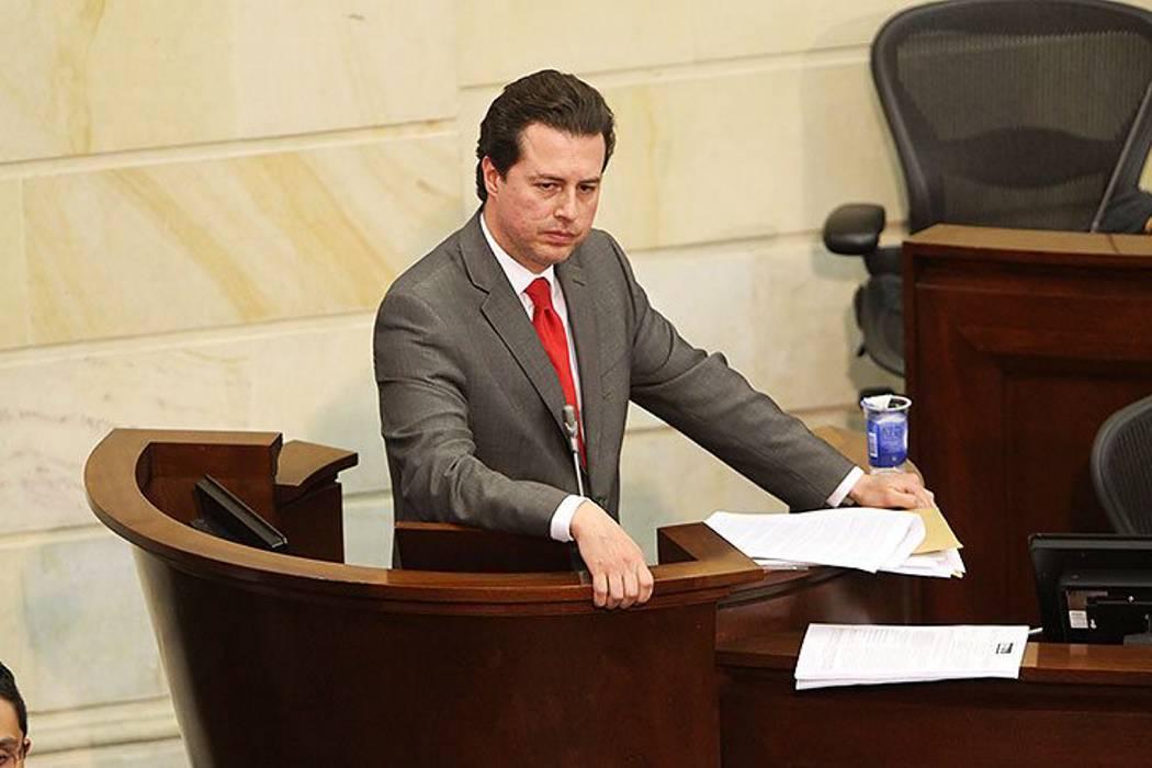Senado aprueba ley que regula la marihuana medicinal en Colombia