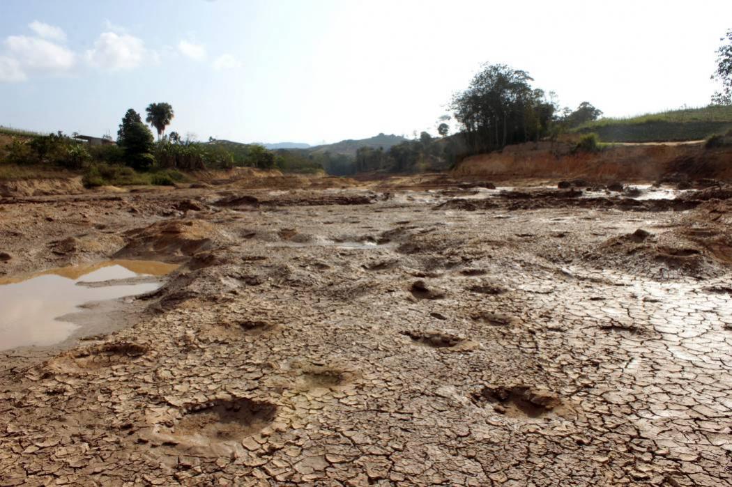 Drama por situación de desabastecimiento de agua en Lebrija