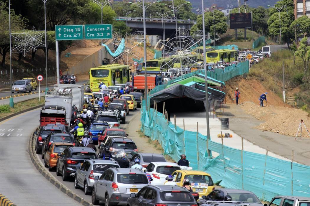 Alcalde de Bucaramanga pide a concejales y diputados no transitar en 'Pico y Placa'