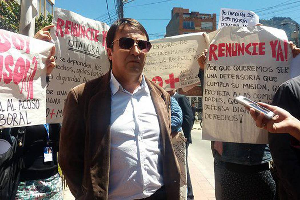 Sindicatos de la Defensoría le piden la renuncia a Otálora