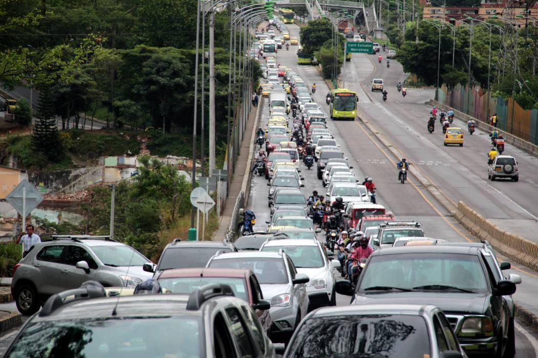 Desde hoy habrá multas a quienes violen Pico y Placa en Bucaramanga