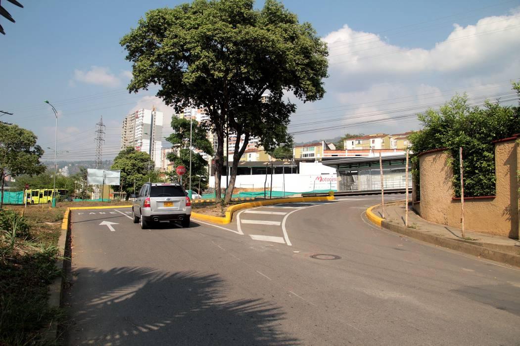 Sigue suspendido cierre vial en el Diamante II en Bucaramanga