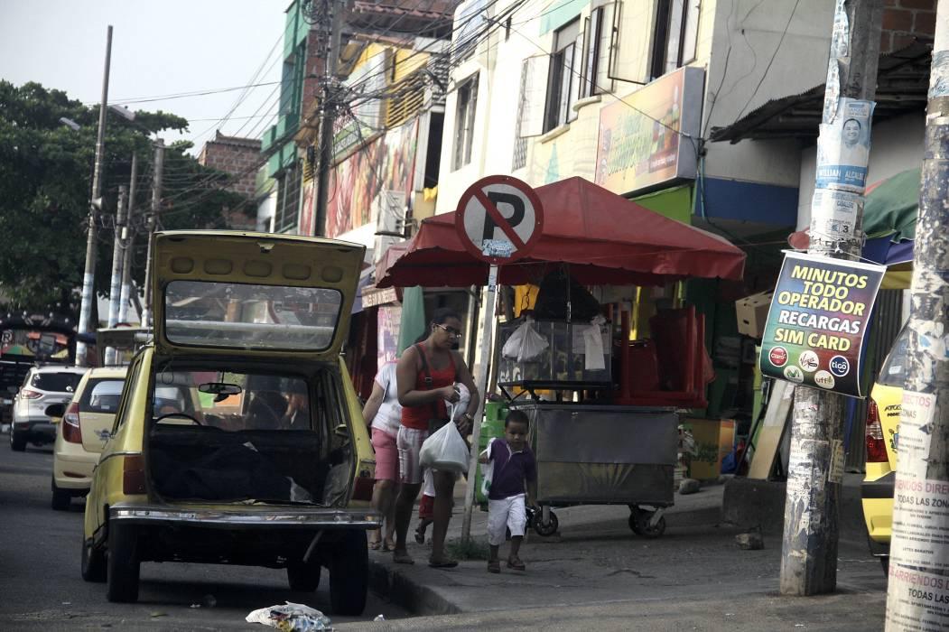 Transitar por la Plaza Satélite de Floridablanca es insoportable: comunidad