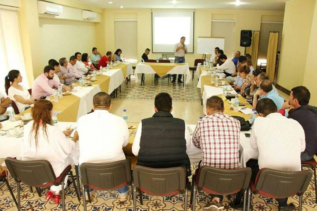 Municipio socilizó a concejales el PDM