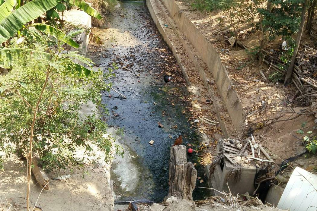 Contaminación afecta a más de 100 familias en Villa Linda