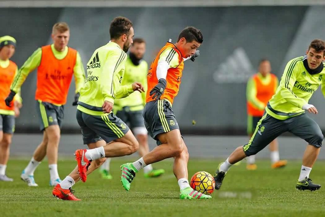 Zidane confirma recaída de Bale y James seguría de titular