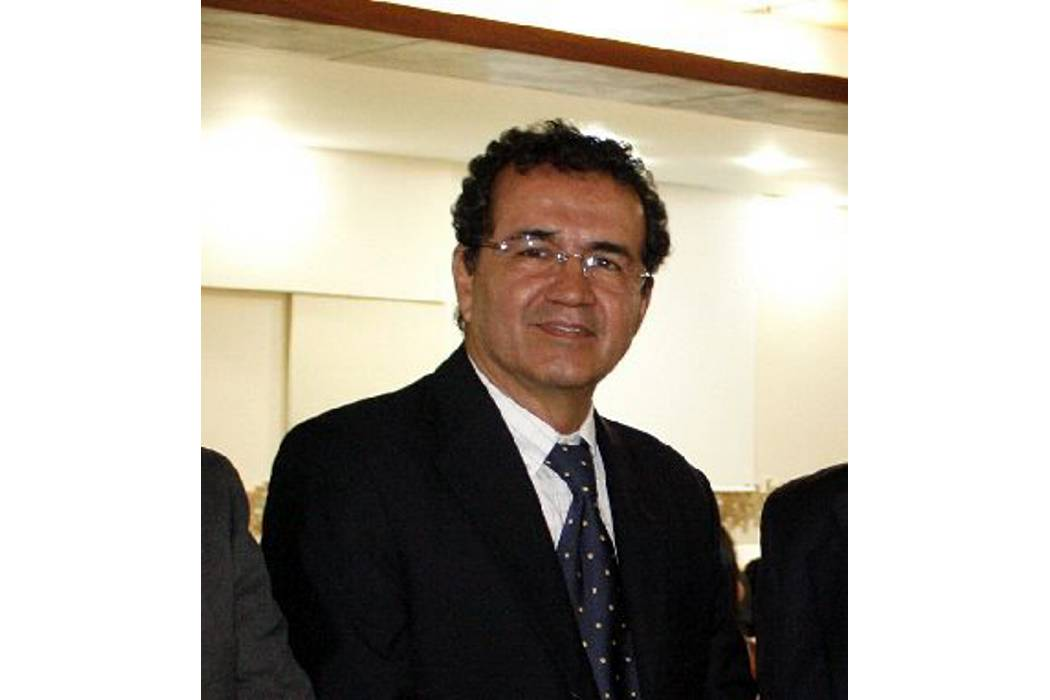 Víctor Julio Azuero, nuevo ternado para dirigir el AMB