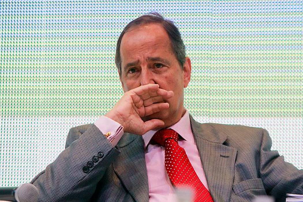 Procuraduría formula pliego de cargos al exministro Juan Camilo Restrepo