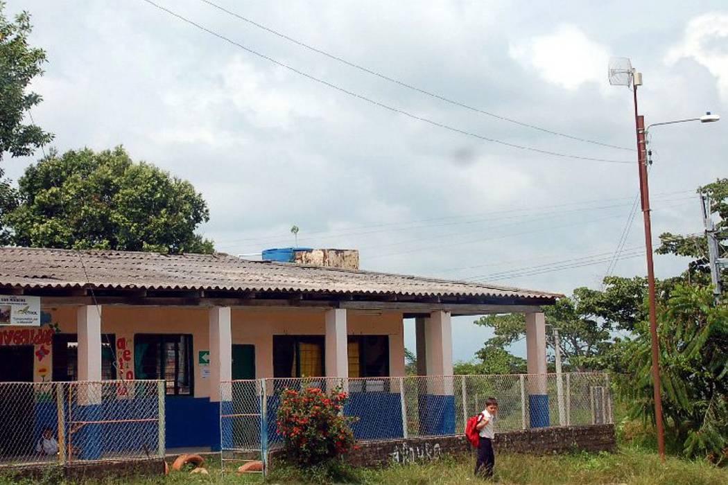 22 escuelas rurales, a clase después de Semana Santa