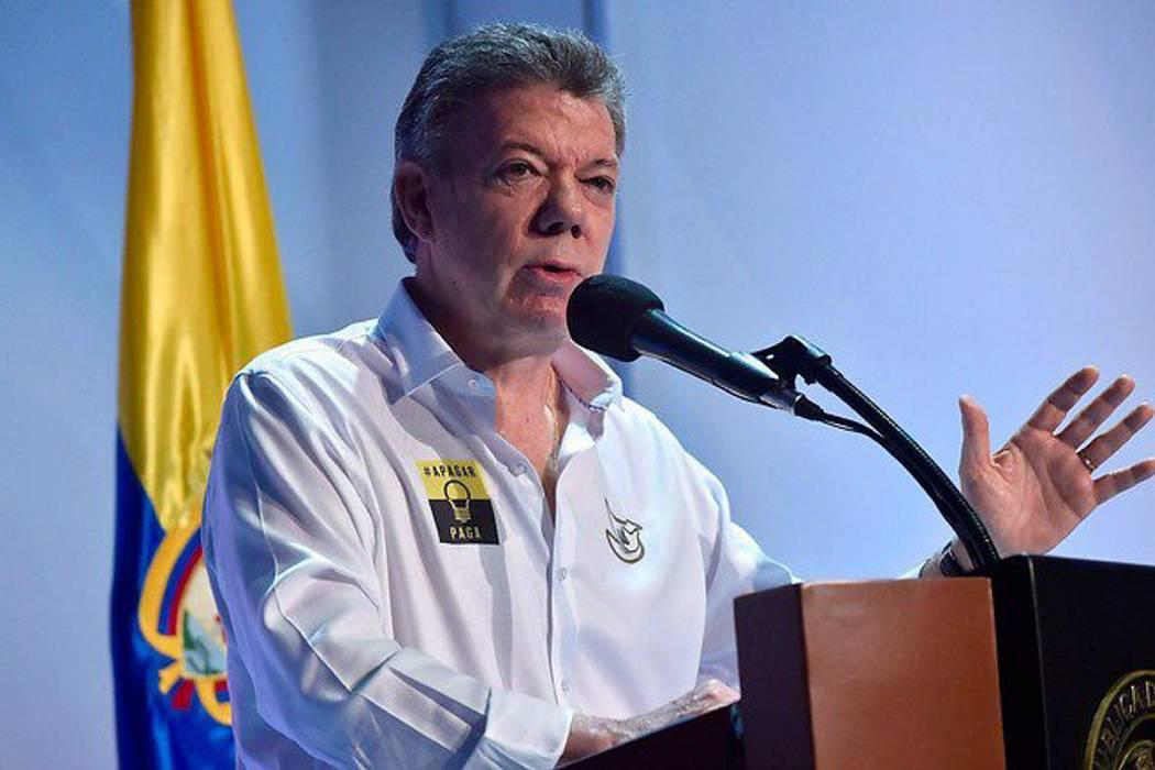 Presidente Santos pide investigar asesinatos de policías en el país