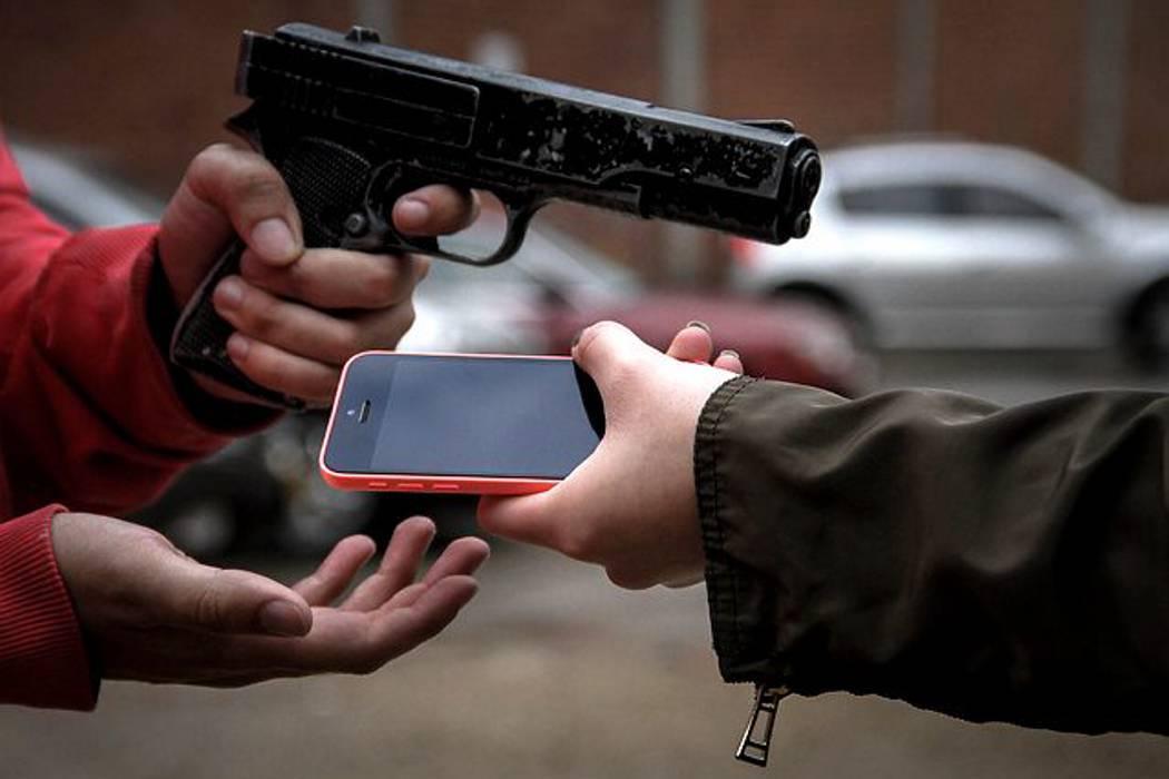 Asesinan a niña de 13 años por robarle el celular en el Valle