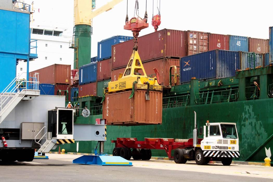 Las exportaciones cayeron un 26,7%