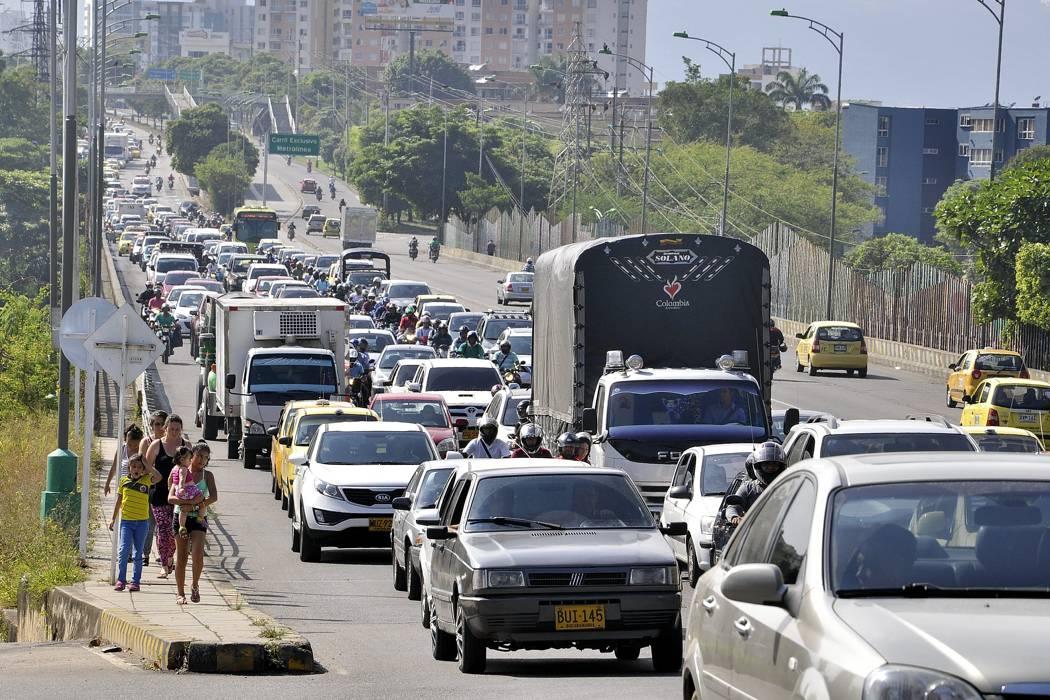 ¿Es conveniente exonerar de 'Pico y Placa' a quienes matriculen vehículos nuevos en Bucaramanga?