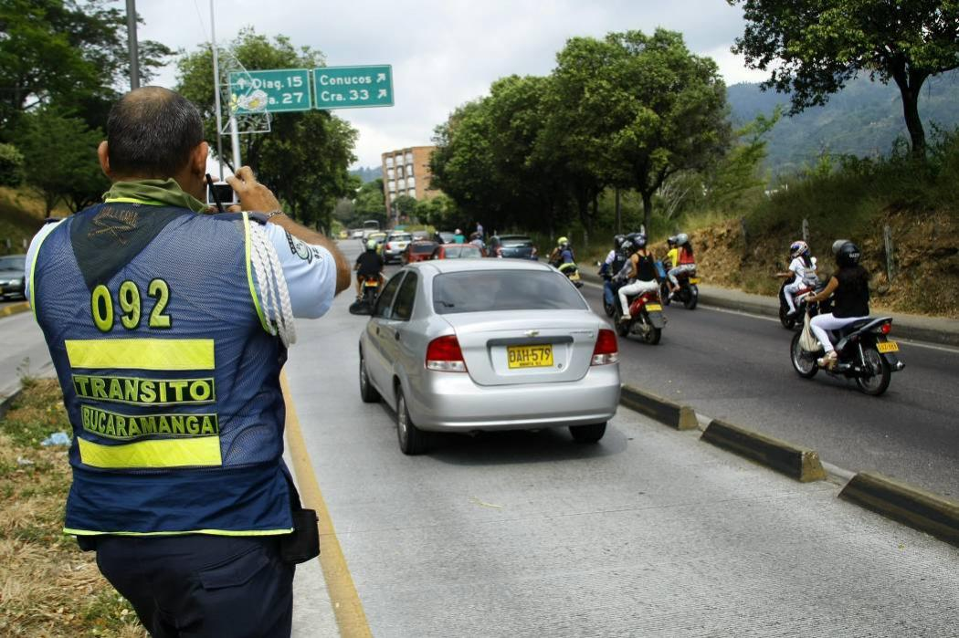 Tránsito de Bucaramanga ha otorgó 2 mil permisos para 'pico y placa'