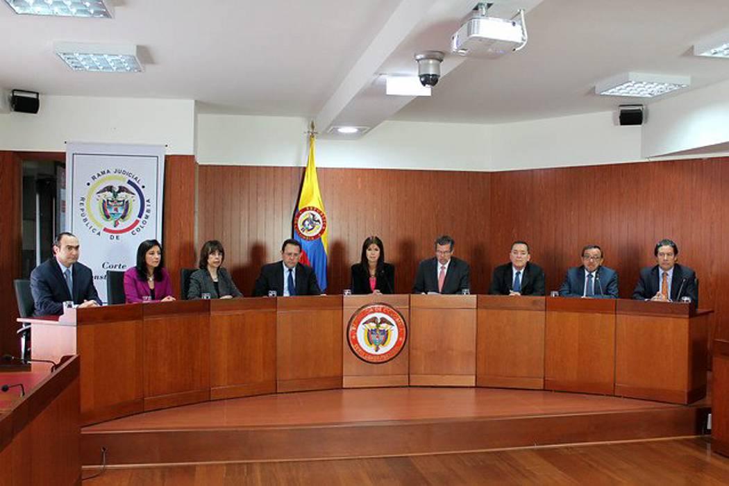 Corte avalaría reforma que prohibió la reelección presidencial