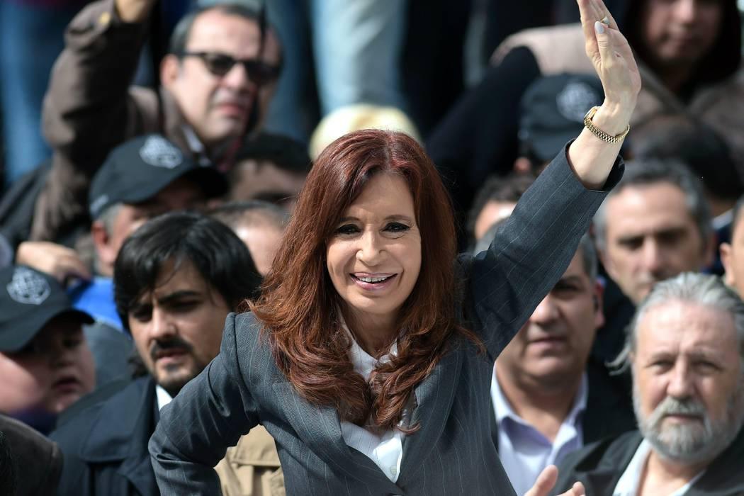 Kirchner acusó al presidente Macri de buscar encarcelarla