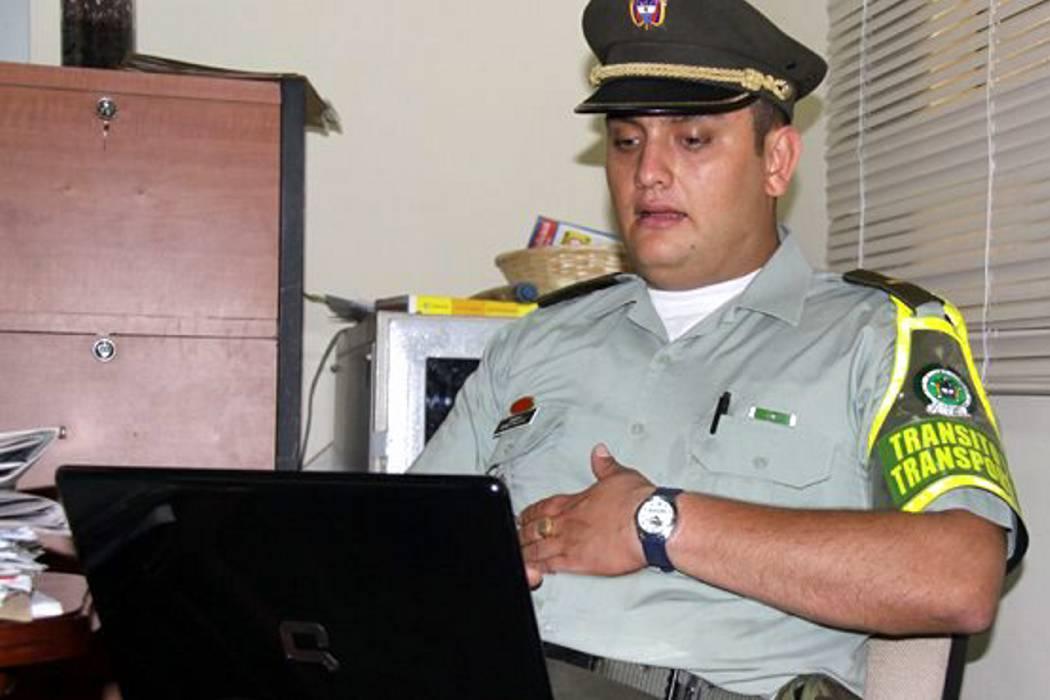 Destituyen al capitán Palacios, quien denunció la 'Comunidad del Anillo'