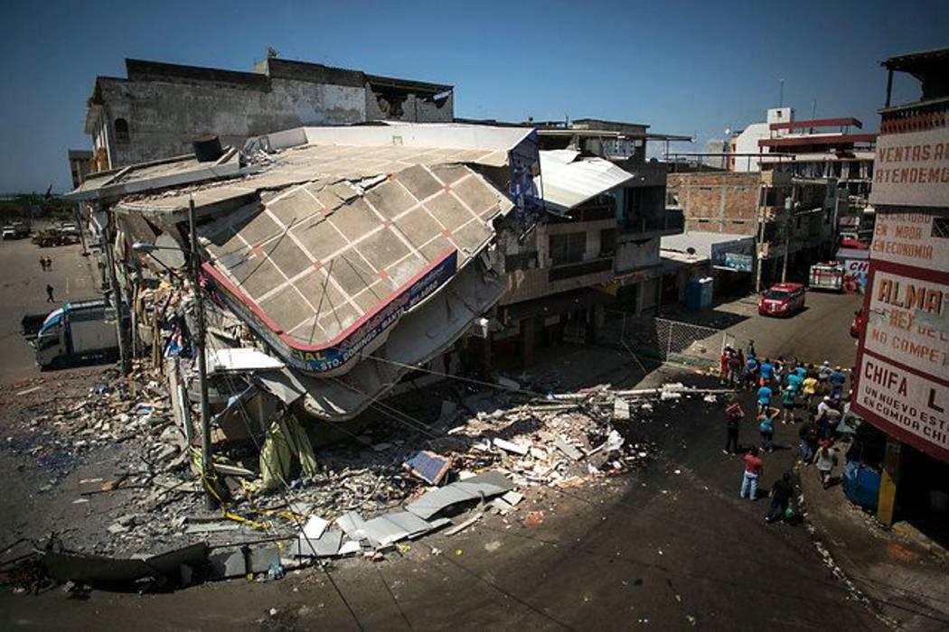 Ya se han localizado 383 colombianos en Ecuador, aún faltan 136