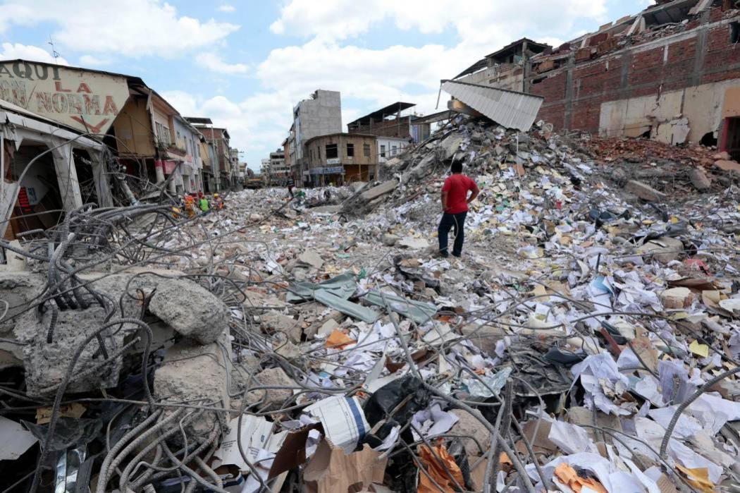 Tres santandereanos cuentan cómo escaparon del terremoto en Ecuador