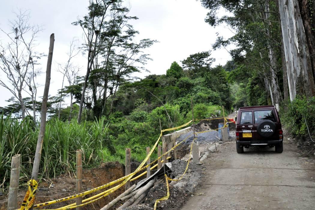 Obras del Contrato Plan mejoran vías en Suaita