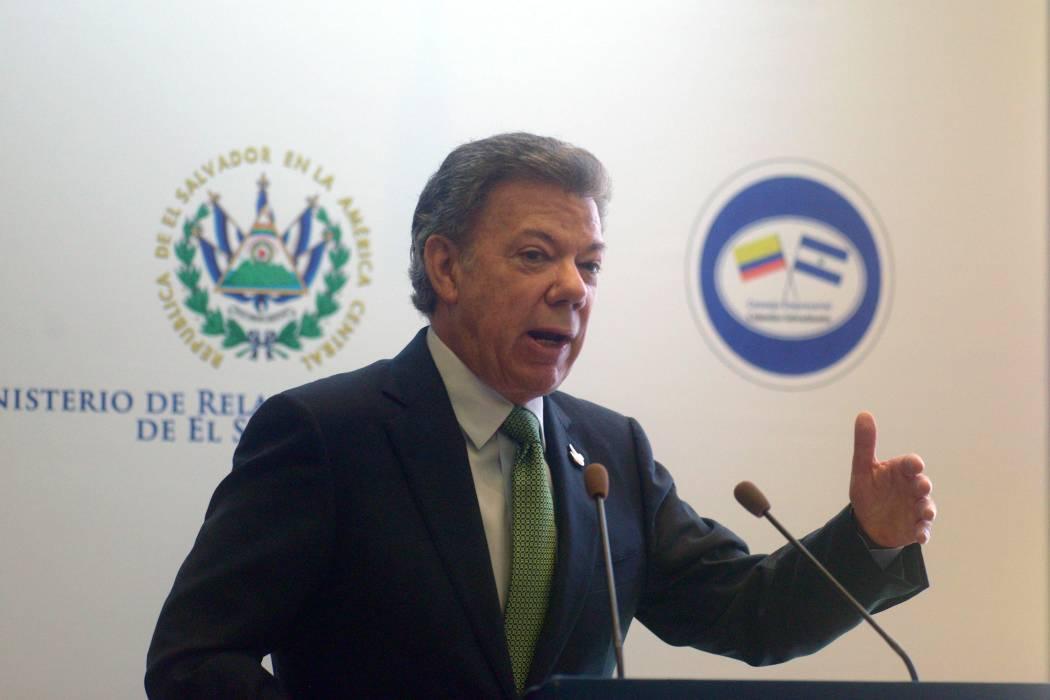 Presidente Santos ratifica que Ecuador acogerá diálogos con Eln