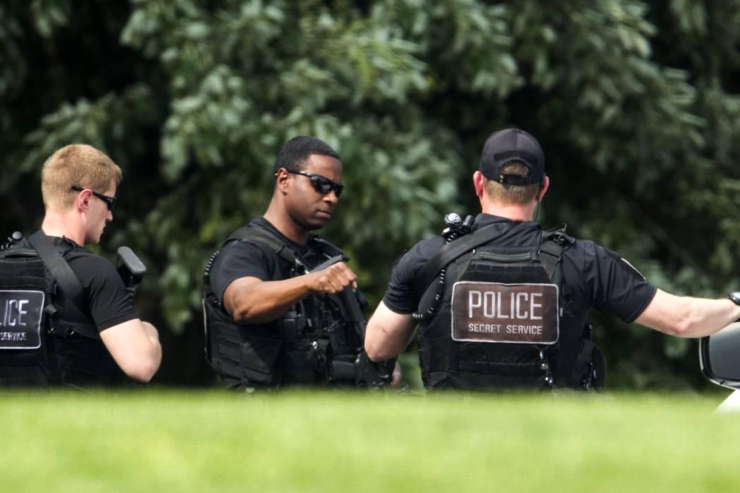 Un hombre salta la valla de la Casa Blanca después de perpetrar un robo