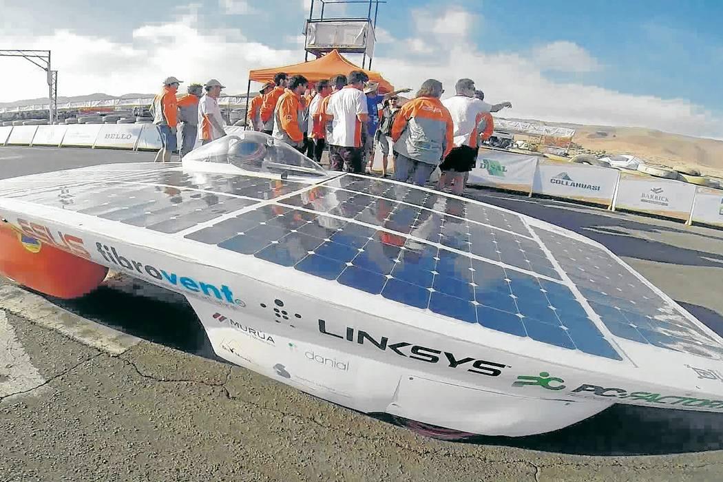 Carrera solar encendió motores  en el desierto de Atacama, Chile
