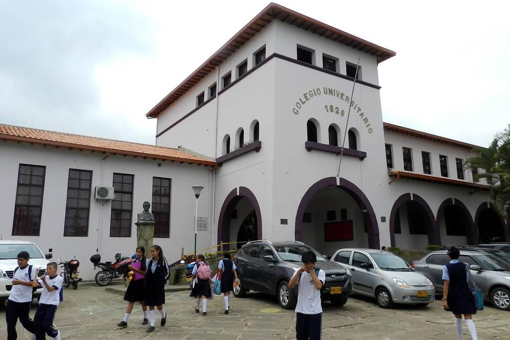 El Colegio Universitario está celebrando 190 años de labores