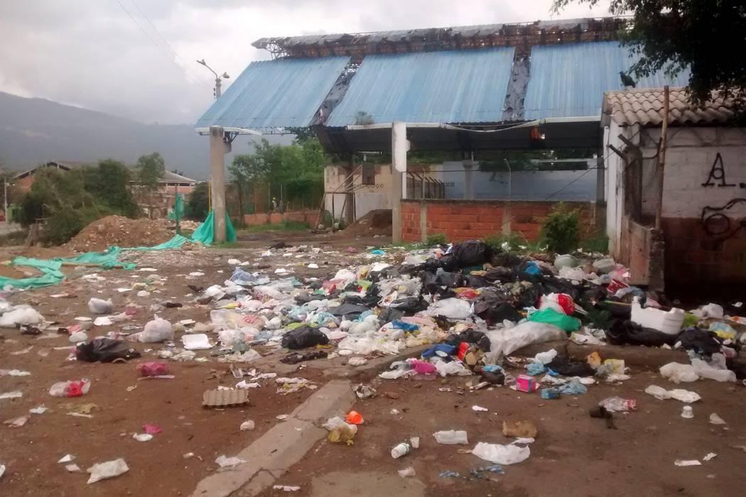 Foco de contaminación en Rincón de Girón parte Baja se agudiza