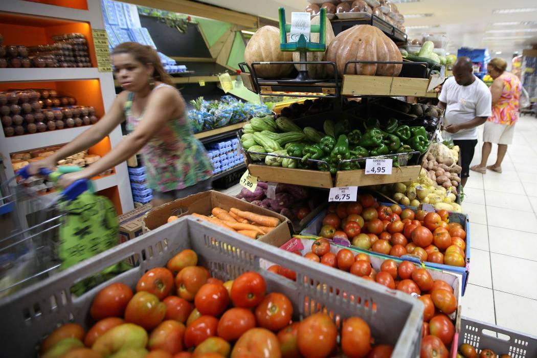 Inflación: en el país baja, en Bucaramanga sube