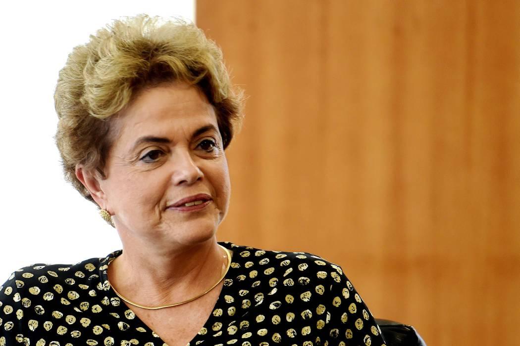 Juicio a Rousseff se votaba esta madrugada en Senado de Brasil