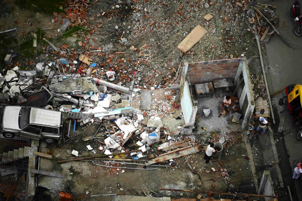 Un muerto y 85 heridos en Ecuador por réplicas de devastador terremoto