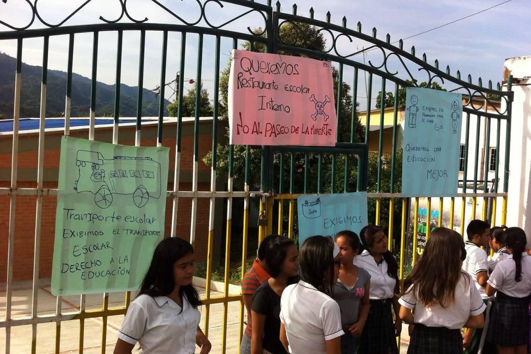 Comunidad educativa levanta paro en colegio de Santander