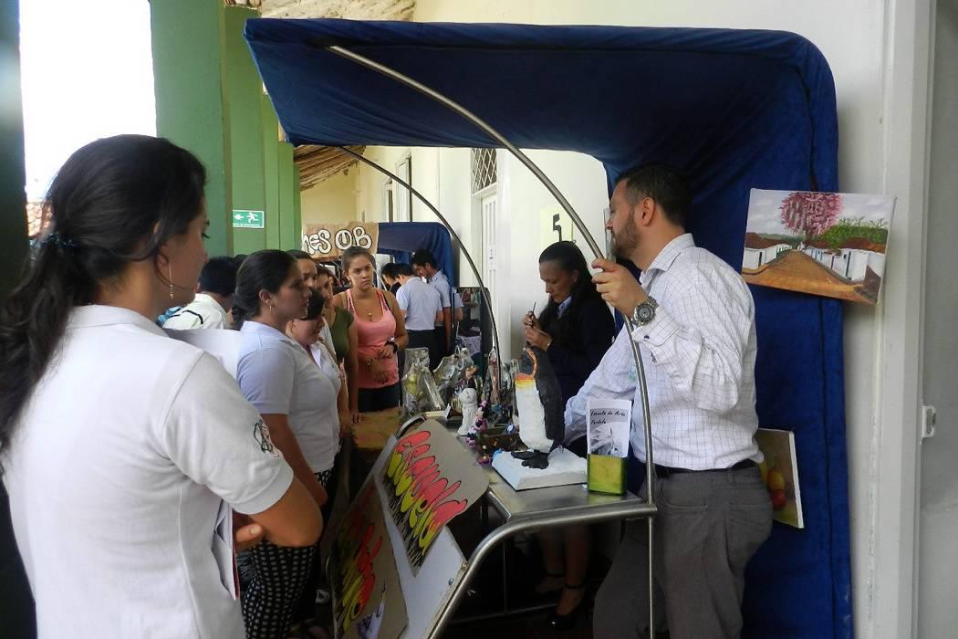 El Sena organizó feria empresarial
